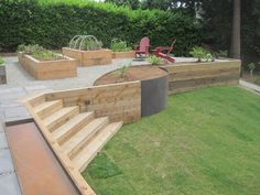 50 Practical and Pretty Retaining Wall Ideas,retaining wall ideas for sloped backyard,front yard retaining wall ideas,wood retaining wall ideas Wooden Retaining Wall, Cheap Retaining Wall, Backyard Retaining Walls, Retaining Wall Design, Sloped Backyard, Sloped Garden, Backyard Patio, Backyard Landscaping, Pergola Garden