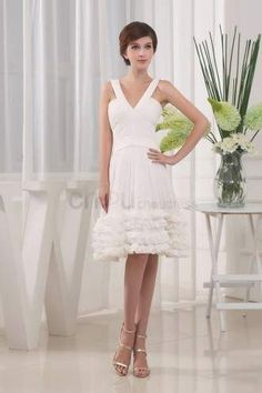Huge savings on Platinum Club Dress - Modest Sleeveless Zipper Knee Length Short Tiered, you can get one with cheap price and fast shipping. Wedding Dress 2013, Cute Wedding Dress, Fall Wedding Dresses, Colored Wedding Dresses, Prom Party Dresses, Homecoming Dresses, Dream Wedding, Modest Dresses, Club Dresses