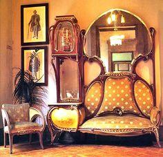Un canapé Art Nouveau !