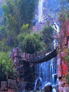 Amazing Waterfalls Around The World -1 - Picz Mania