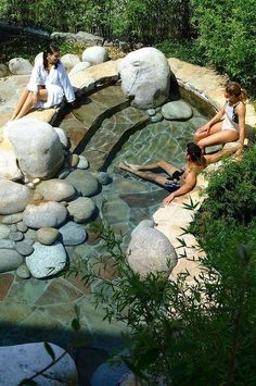 55 Amazing Small Backyard Playground Landscaping Ideas - Page 36 of 60 Large Backyard Landscaping, Ponds Backyard, Small Backyard Landscaping, Backyard Patio, Landscaping Ideas, Small Yard Pools, Outdoor Ponds, Outdoor Gardens, Backyard Stream