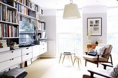 Christine Chang Hanway Living Room, Vitsoe 606 Shelving | Remodelista