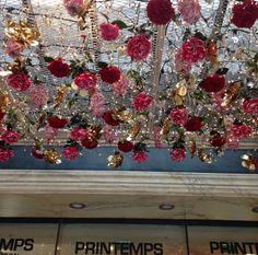 sonya esman. - sassandco:   Christmas in Paris  More on my ig...