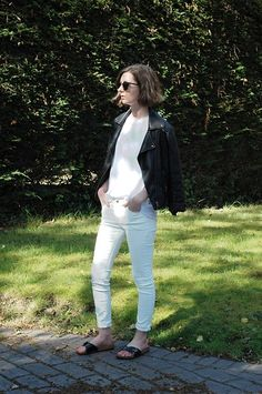 H&M T Shirt, Mango White Skinny Jeans, Primark Slip On Sandals, Warehouse Leather Jacket