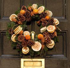 Favolosa questa #ghirlanda di Natale con cannella e arance