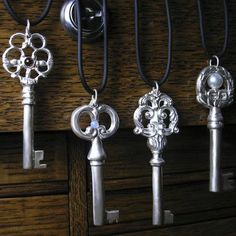 Use old keys as tablecloth weight!