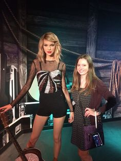 Just hanging out with Taylor Swift before her big tour at #MadameTussauds #Orlando #LoveFL #TaylorSwift