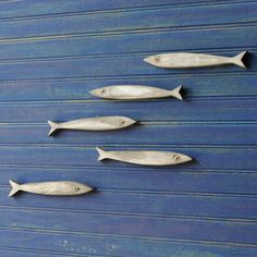 Minnow Fish School Set of Five Fishes Smelt Sardines Guppies Wooden Fish School from SlippinSouthern on Etsy. Saved to Beach House - Art. Fish Wall Art, Fish Art, Fish Fish, Enchantment Of The Seas, Deco Nature, Wood Fish, School Sets, Fish Sculpture, Wooden Wall Decor
