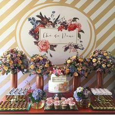 """364 curtidas, 9 comentários - Blog Peguei o Bouquet (@pegueiobouquet) no Instagram: """"E hoje tem #chádelingerie LINDO no Blog! 😍 A @melinapitanga criou uma decoração super fofa para a…"""""""