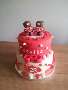 Cake with little bears