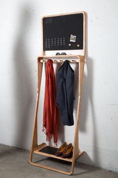 Simple Wooden Hanger   MyDesy Amoy Inspiration