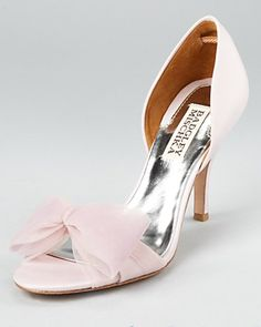 pink bow shoes