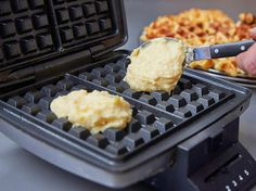 Bake potato waffles - that& how it works - Backen - . Bake potato waffles - that& how it works - Backen - vegane Babynahrung Healthy Sandwiches, Sandwiches For Lunch, Sandwich Recipes, Meat Sandwich, Sweet Bread Meat, Potato Waffles, Waffle Iron, Lunch Snacks, Salmon Recipes