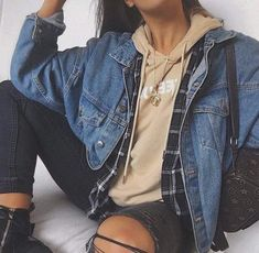 trendy outfits for summer . trendy outfits for school . trendy outfits for women . Fashion Mode, Look Fashion, Teen Fashion, Fashion Outfits, Denim Fashion, Womens Fashion, Winter Fashion For Teen Girls, Fashion Ideas, Fashion Styles
