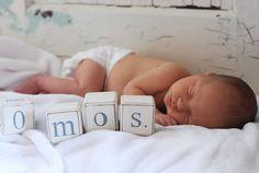 monthly newborn photos