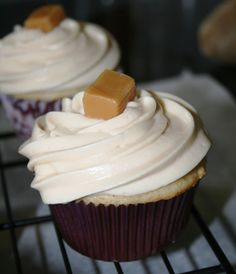 Can't wait to try these. Mothers Day Post, Salted Caramel Cupcakes, Cake Bars, Sweets, Baking, Desserts, Food, Kitchen, Christmas