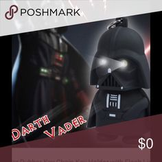 Darth Vader key chain🔴2/$11 BUNDLED Lights up and makes sounds Accessories Key & Card Holders