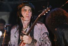 Izzy Stradlin of guns n roses