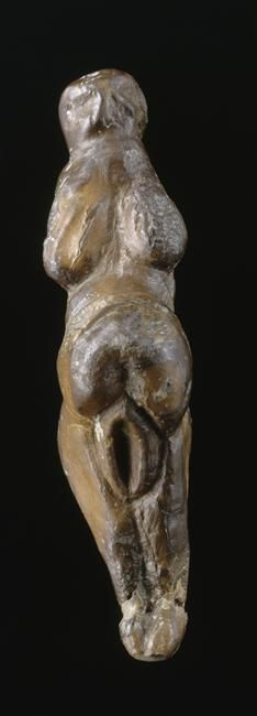 Ego is a rat on sinking ship of being.: centuriespast: Statuette féminine dite la Vénus...