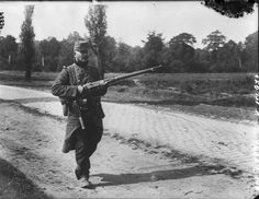A French soldier on patrol, c. 1914. (National Library of France), pin by Paolo Marzioli