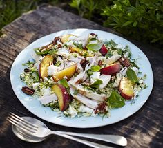 Herbed chicken, peach and feta salad - 20 mins plus soaking and cooling, 537 kcal Salad Recipes Video, Salad Recipes For Dinner, Bbc Good Food Recipes, Chicken Salad Recipes, Healthy Salad Recipes, Feta Chicken, Chicken Salads, Cooked Chicken, Recipe Chicken