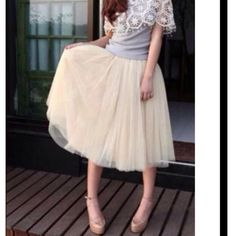 GORGEOUS CUSTOM BEIGE TULLE SKIRT! Skirt has 5 Layers & is Lined. ❤️ Skirts