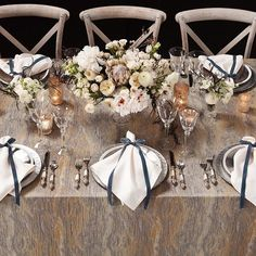 Combine our Moonstoon Marble Table Linen with ivory, gold, and silver to bring your design to the next level! See our complete Marble Collection in our lookbook, click on the link in our bio for your copy! ✨ #bbjlinen Featured: Moonstone Table Linen, Ivory Shantung Napkin, and Ice Clear with Silver Rim Charger
