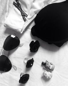 New Instagram post by AgapeArt I feel without colours. #Fimo #polymerclay #rings #black #blackandwhite #dolcegabbana #rayban #whereissummer #outfit #fashion #elegant #buydifferently #cats #caketopper #bikini