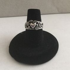 Beautiful heart and flower ring Size 6 James Avery Jewelry Rings