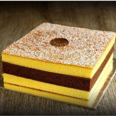 euforia Triple Delight Cake maxi Allnatural #food #cake www.loveitsomuch.com
