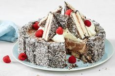 This creamy Coconut Cheesecake is made with an irresistible lamington finger base. A must for your Australia Day entertaining. Low Fat Cheesecake, Frozen Cheesecake, Coconut Cheesecake, Cheesecake Recipes, Cookie Recipes, Dessert Recipes, Cupcake Recipes, Aussie Food, Australian Food