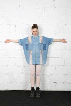 Many a Little Makes a Mickle, or How to Upcycle Old Clothes, фото № 11 Diy Jeans, Denim Top, Denim Shirt, T Shirt, Remake Clothes, Diy Clothes, Recycled Denim, Recycled Clothing, Creation Couture