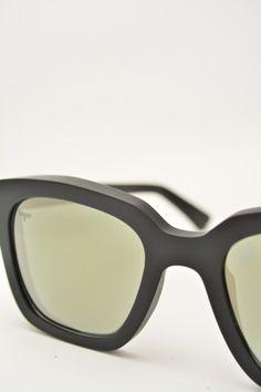 Logos VITTORIA black matte sunglasses #sunglasses #logos #blackmatte #square #squareshape #blackmirrored #mirror #bassanodelgrappa #designglasses #design #cheap online store at www.bassanooptical.com