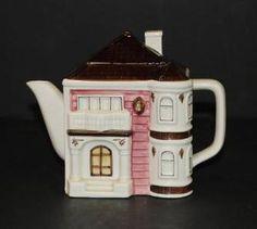 Vintage OTAGIRI Small Teapot Tea Pot W/ Lid VICTORIAN Cottage House Hand Painted