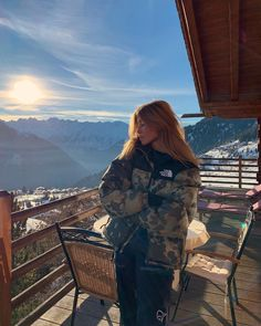 Er tydeligvis blevet rødhåret..👩🏽🦰 Photos Tumblr, Ski Season, Ski And Snowboard, Snowboarding, Insta Photo Ideas, Winter Pictures, Dream Vacations, Photography Poses, Alps