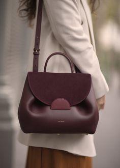 Cute Purses And Handbags Fall Handbags, Cute Handbags, Burberry Handbags, Fashion Handbags, Purses And Handbags, Leather Handbags, Cheap Handbags, Handbags Online, Leather Purses