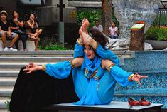 """""""Rani Huszar, the contortionist from Australia performed at the Sentosa Buskers Festival 2010 at the Merlion Park"""" Photo by Choo Yut Shing"""