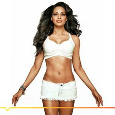 The Benagli beauty, Bipasha Basu has decided to tie the knot! #Vuhere for the latest gossip - http://bit.ly/bipasha-engaged