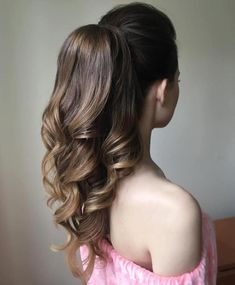 40 High Ponytail Ideas for Every Woman Formal Curly Ponytail For Long Hair Formal Hairstyles For Long Hair, High Ponytail Hairstyles, Wavy Ponytail, Curls For Long Hair, Ponytail Styles, High Ponytails, Short Hairstyles For Women, Cool Hairstyles, Short Hair Styles