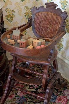 Eastlake Antique Victorian High Chair love this style of furniture made from 1880 to 1930 brought the Victorian Era to life, then the gaudy style took over Victorian Furniture, Victorian Decor, Victorian Homes, Victorian Era, Antique Furniture, Vintage Toys, Retro Vintage, Photo Deco, Vintage Nursery