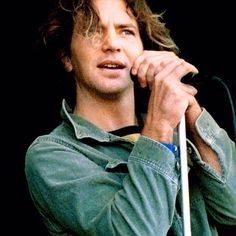 Those eyes! Eddie Vedder Tumblr