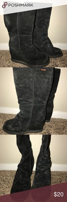 Rocket Dog Suede Boots Good used condition Rocket Dog Shoes Combat & Moto Boots