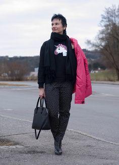 Lena's Blog: Trendy Sweater