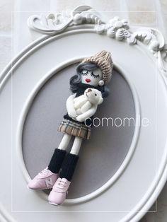 最近のルルベちゃん   かもみーる おうちdeおけいこ 横浜 中区 山手 ルルベちゃん Fabric Dolls, Diy And Crafts, Animal, Board, Projects, Rag Dolls, Softies, Animals, Planks