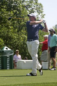 Webb Simpson - ProAm http://golfdriverreviews.mobi/traffic8417/ Webb Simpson James Frederick Webb Simpson (born August 8, 1985) is an American professional golfer on the PGA Tour who is most notable for winning the 2012 U.S. Open.