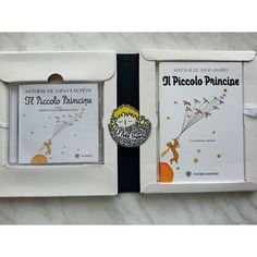 Koleksiyonumun yeni üyesi: Venedik'te dünyanın en güzel kitapçısı Libreria Acqua Alta'da bulduğum İtalyanca Küçük Prens kitabı ve CD'si.  New member of my Little Prince book collection: Italian book and CD that I found in Venice at the most beautiful bookshop in the world (Libreria Acqua Alta). #kucukprens #küçükprens #lepetitprince #elprincipito #opequenoprincipe #littleprince #derkleineprinz #ilpiccoloprincipe #exupery #kitap #kitapokuma #kitapokumak #reading #book #bubüyüklertuhafoluyor…