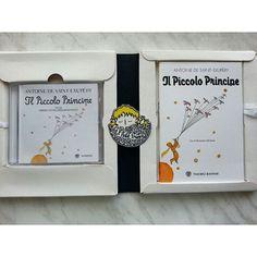 Koleksiyonumun yeni üyesi: Venedik'te dünyanın en güzel kitapçısı Libreria Acqua Alta'da bulduğum İtalyanca Küçük Prens kitabı ve CD'si.  New member of my Little Prince book collection: Italian book and CD that I found in Venice at the most beautiful bookshop in the world (Libreria Acqua Alta). #kucukprens #küçükprens #lepetitprince #elprincipito #opequenoprincipe #littleprince #derkleineprinz #ilpiccoloprincipe #exupery #kitap #kitapokuma #kitapokumak #reading #book #bubüyüklertuhafoluyor…