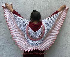 """Petra Perle's shawl """"Wings of Love"""""""