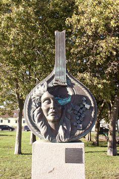 """""""Guitarra na Proa"""". Homenagem ao fado, a Amália e a Lisboa."""