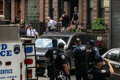 N.Y.P.D. Besieges a Protest Leader as He Broadcasts Live